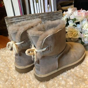 UGG gray rope bow boots women's